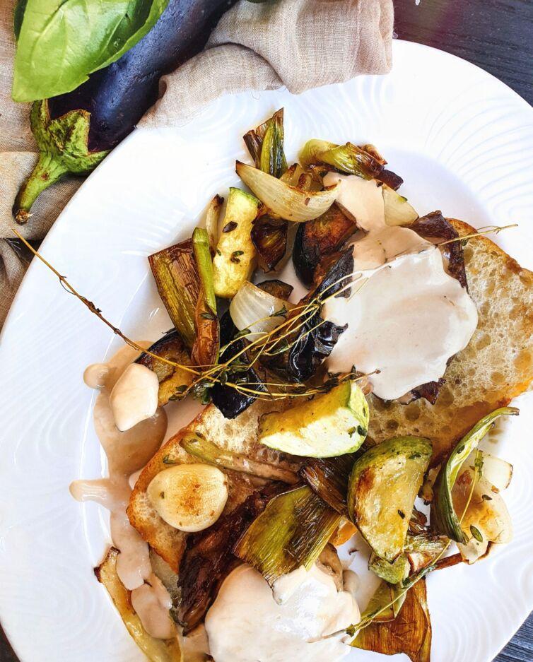 Говядина с овощами на чиабатте