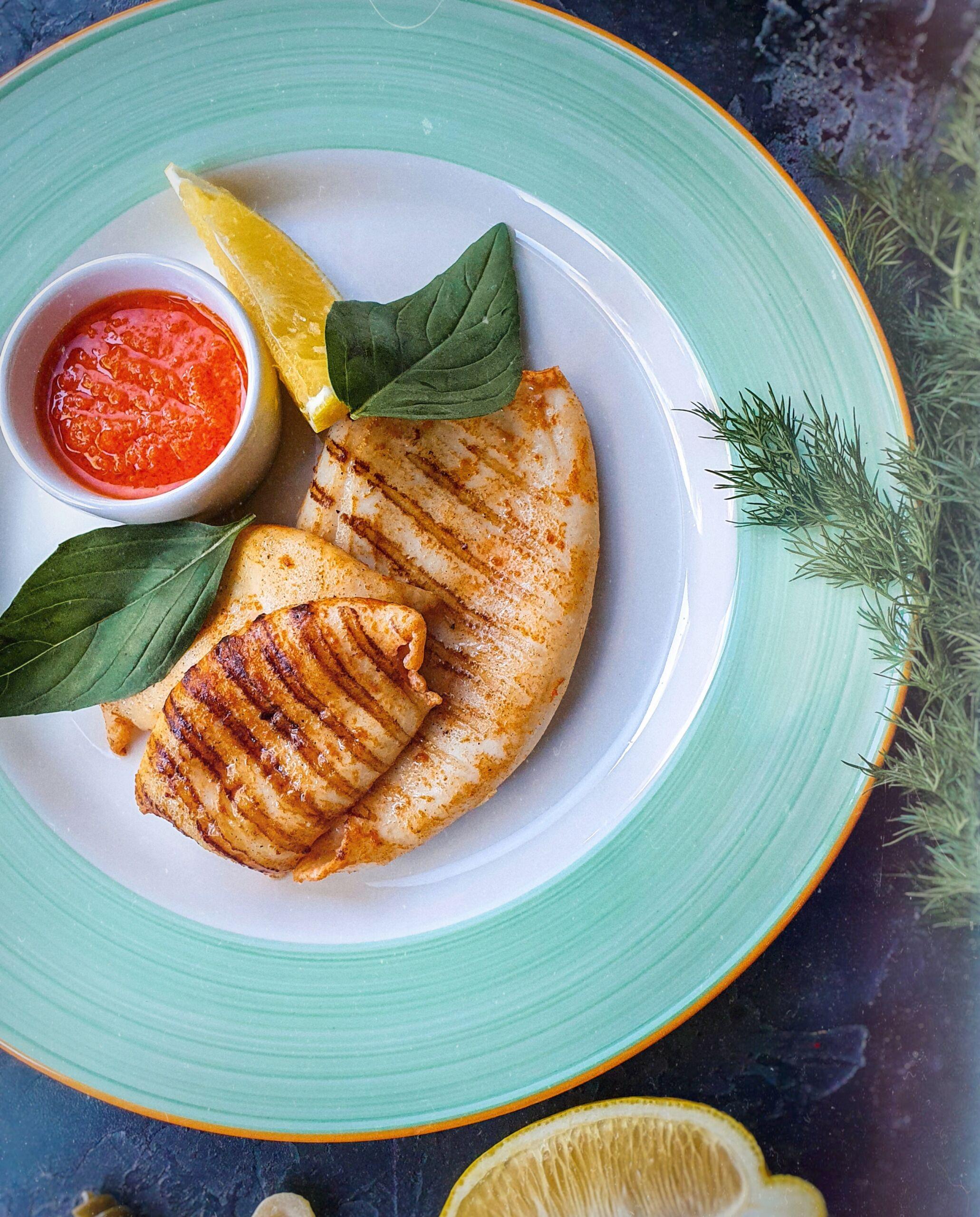 Кальмары на гриле с перечным соусом Pinzeria by Bontempi Итальянский ресторан Волгоград пицца заказать