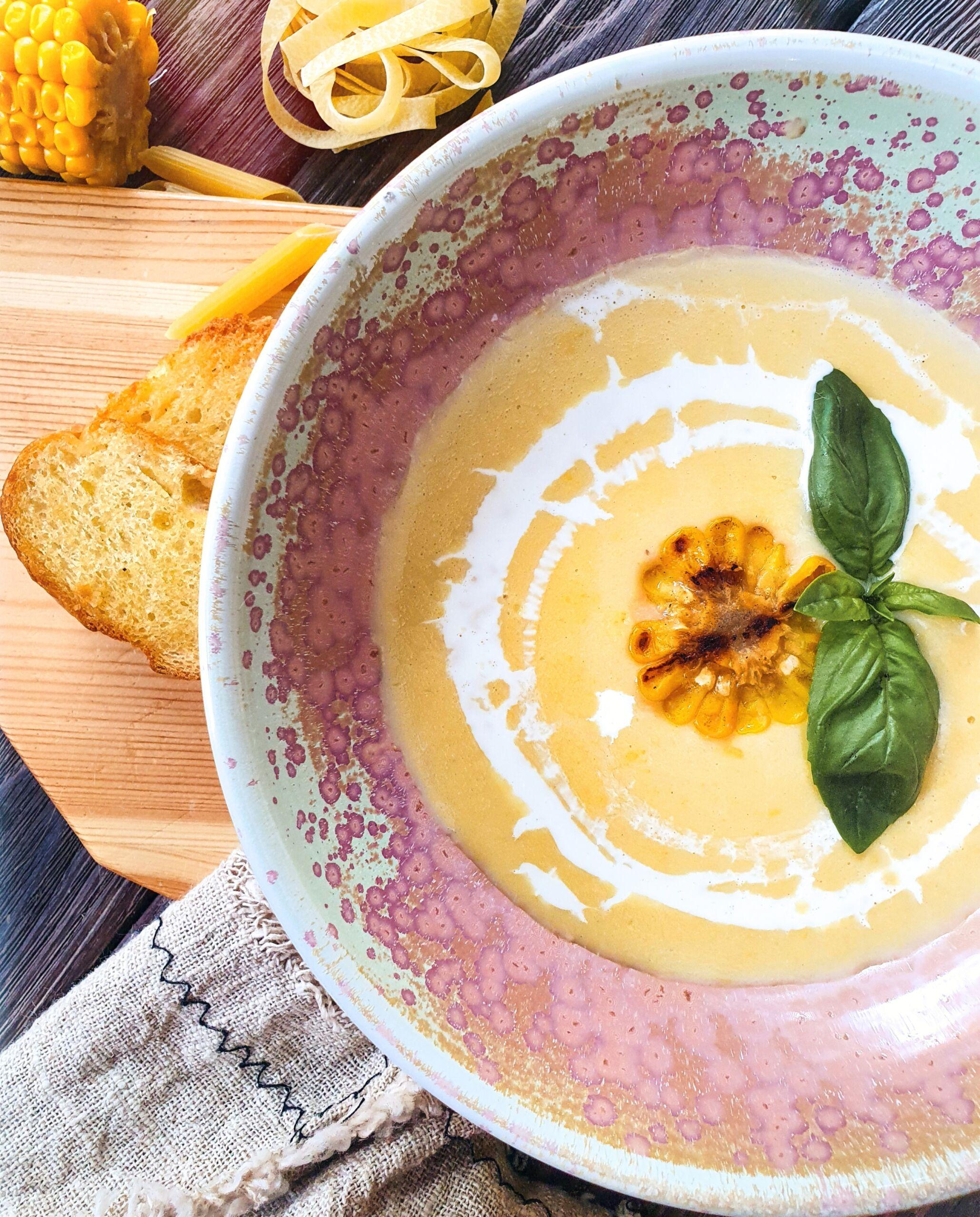 Кукурузный суп на кокосовом молоке с сыром и хрустящими гренками Pinzeria by Bontempi Итальянский ресторан Волгоград пицца заказать