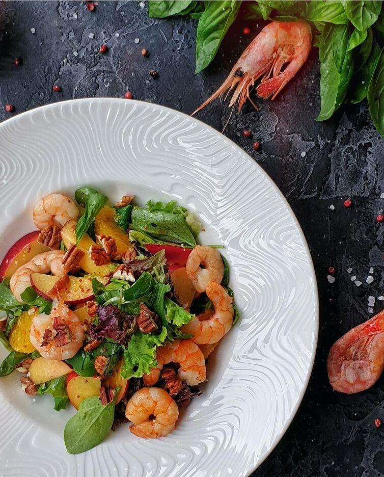 Микс-салат с креветками