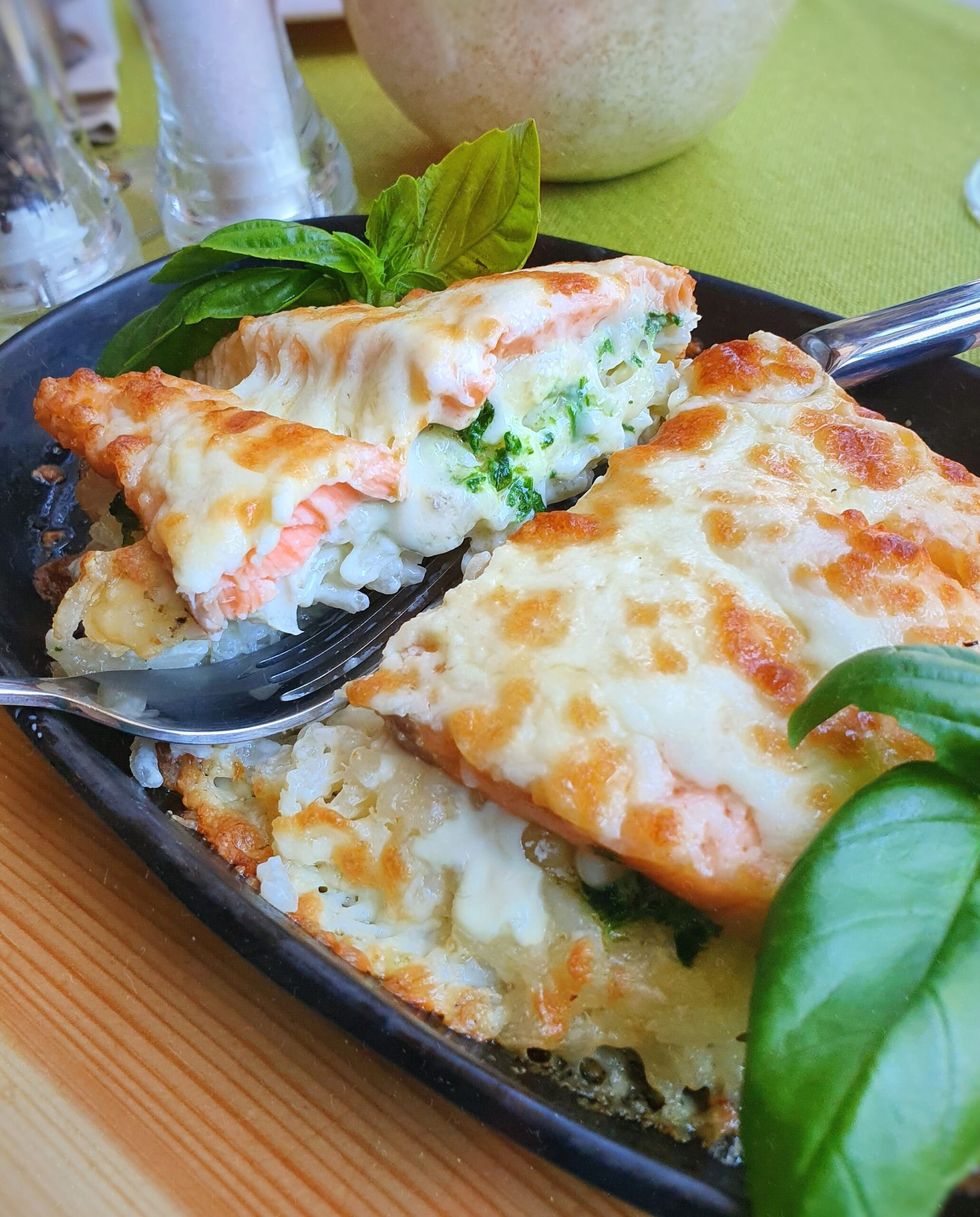 Ризотто с семгой в сковородочке Pinzeria by Bontempi Итальянский ресторан Волгоград пицца заказать