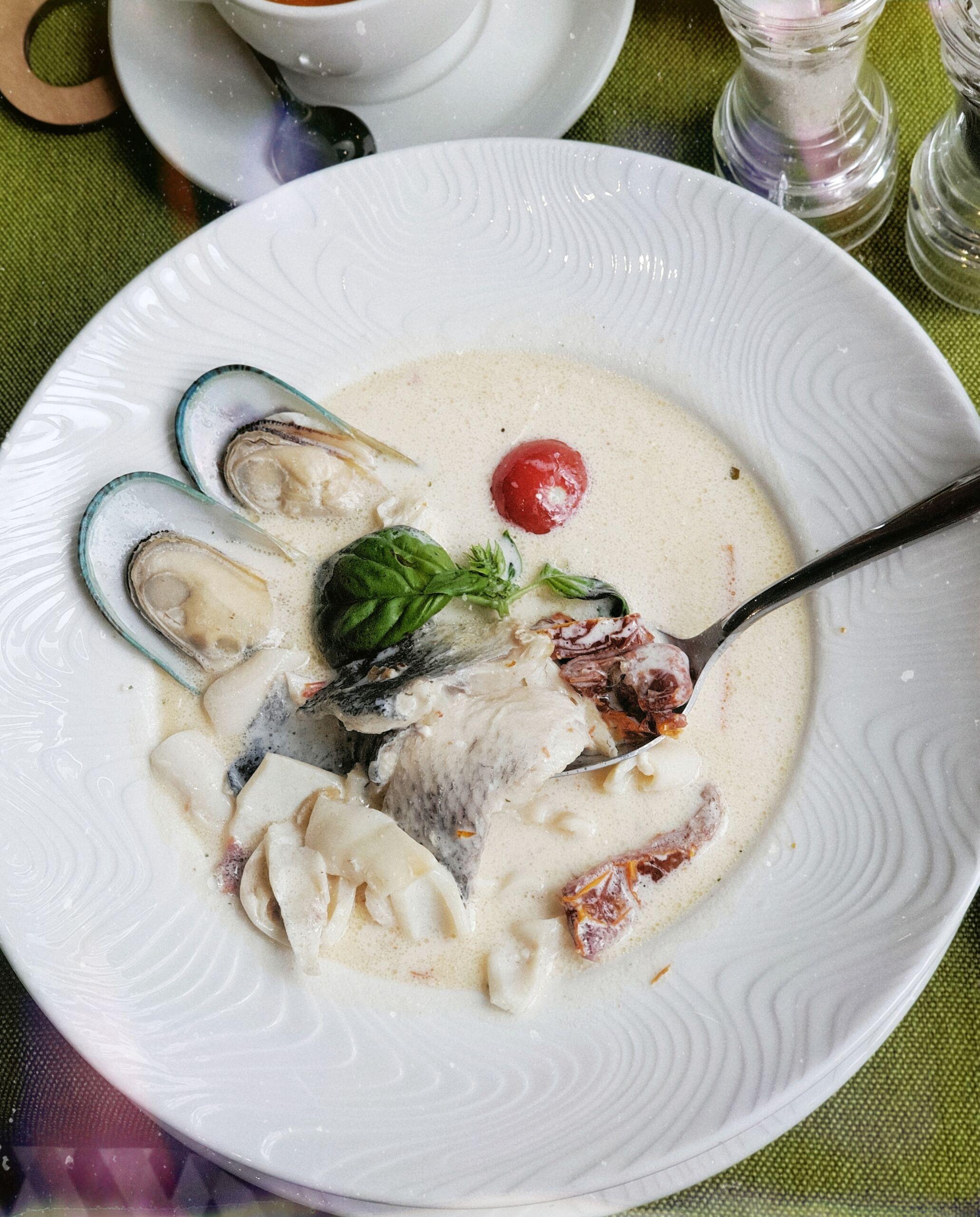 Рыбная похлебка с морепродуктами Pinzeria by Bontempi Итальянский ресторан Волгоград пицца заказать