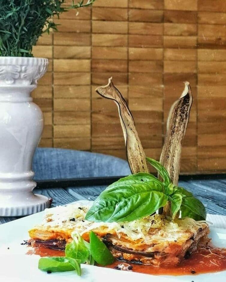 Сочные баклажаны пармеджано с сыром моцарелла