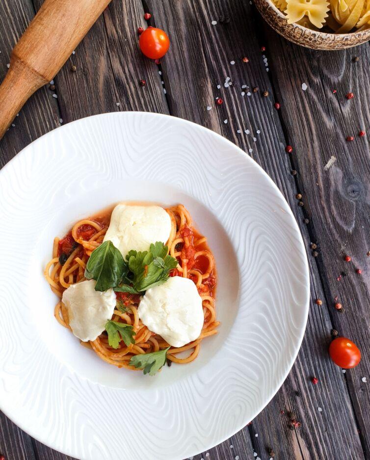 Спагетти с домашней Моцареллой